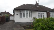 Warwick Avenue Semi-Detached Bungalow to rent