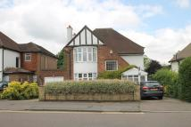 4 bed Detached property in Avenue Road, Belmont...