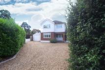4 bedroom Detached house in Stevens Lane, Claygate