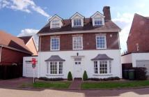 5 bed Detached home in Raphael Drive