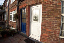 1 bed Flat in Esher High Street - Esher