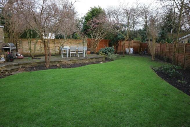SimmilRoad28.Garden2