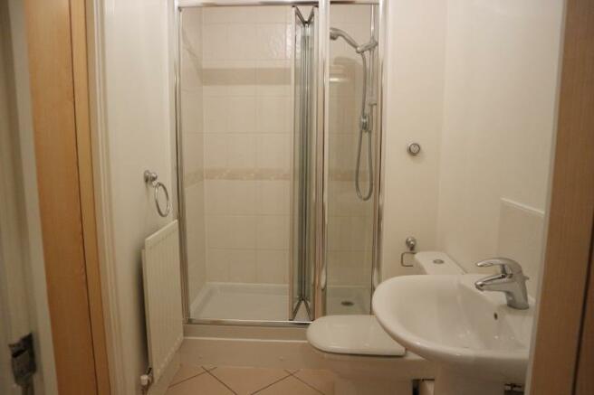 ThorneClose9.ShowerD