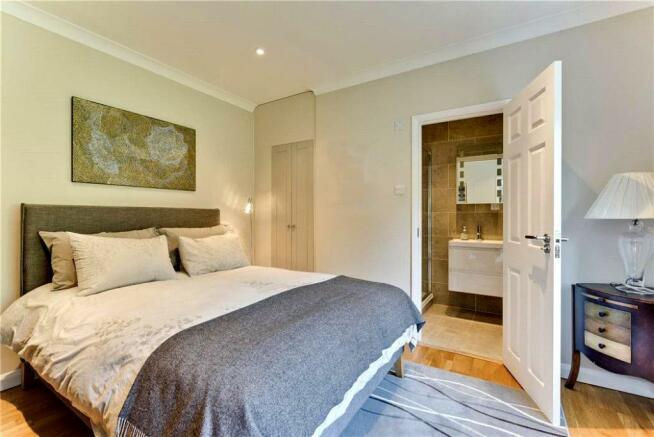Meadway36.Bedroom2.jpg