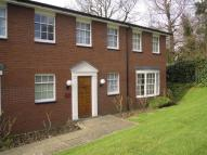 2 bedroom Flat to rent in Cottenham Park Road...