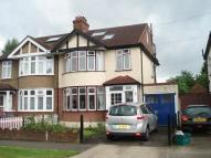 4 bed semi detached home in Oakleigh Avenue, Tolworth