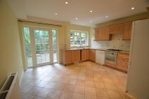 3 bed Town House to rent in Broom Park, Teddington...