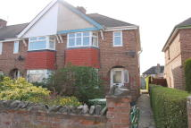 4 bedroom semi detached property in Henwick Avenue...
