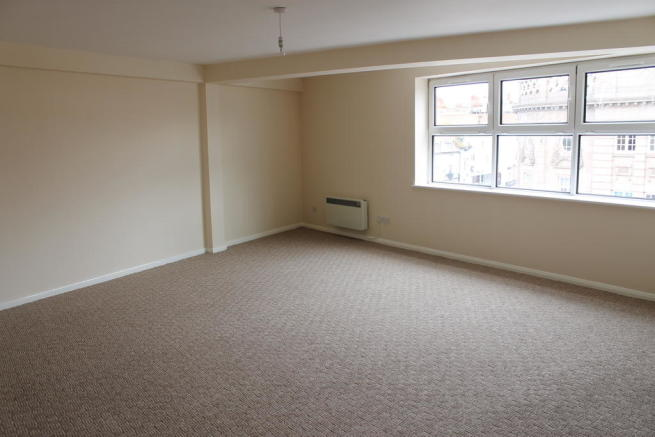 2 bedroom apartment to rent in Friary Walk Worcester WR1