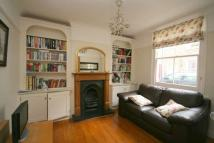 2 bedroom Cottage to rent in St Helens Road, W13