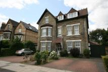 3 bed Apartment in Warwick Road, London