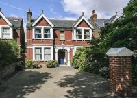 Detached home in The Avenue, Ealing