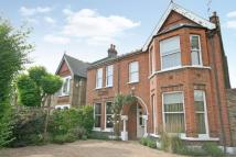 6 bed Detached house in Gordon Road, Ealing