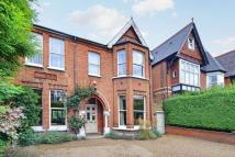 6 bed Detached property in Gordon Road, Ealing