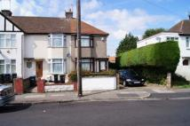 2 bed Terraced property in Greenwood Avenue...