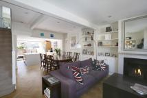2 bed house in Dalby Road, Wandsworth...