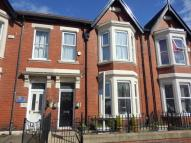 5 bedroom house in Wingrove Road...