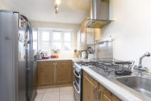2 bed Apartment in Summerhill Way, CR4