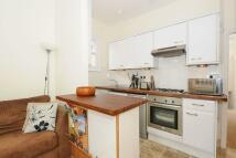Maisonette to rent in Tynemouth Road, Mitcham