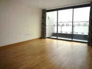 Apartment to rent in Rothesay Avenue, SW20