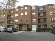 Flat to rent in Ord Court...