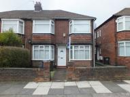 Flat to rent in Ovington Grove...