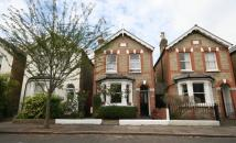 3 bedroom Detached house to rent in Kingston