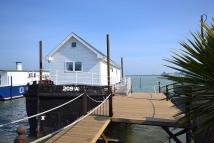 House Boat in Embankment Road for sale