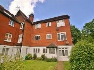 Flat to rent in Recreation Ground...
