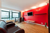 Flat to rent in 109 -113 Whitfield...
