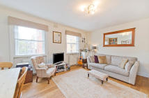 1 bed Flat to rent in Charlotte Place, London...