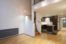 Apartment in Hanway Place, Fitzrovia...