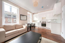 1 bedroom Flat to rent in Huntley Street...