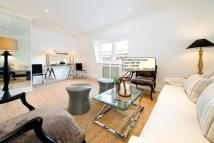 Flat to rent in Nassau Street, Fitzrovia...