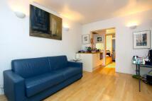 Studio apartment in Martlett Court, London...