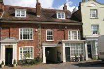 Town House to rent in Woburn, Bedfordshire