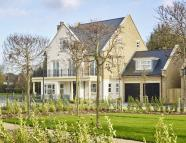 5 bedroom property for sale in The Avenue...
