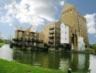 2 bedroom Flat to rent in John Bunn Mill...
