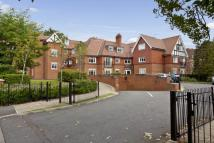 Flat to rent in Cleve Place...