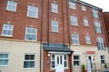 Apartment to rent in Lilac Gardens, Bolton...