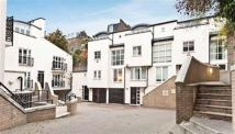 3 bedroom Terraced house in Park Walk, Chelsea, SW10