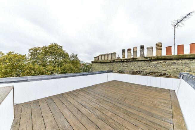 Un-Demised Flat Roof