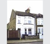 property for sale in Second Floor Studio Flat, 62 Felixstowe Road, Kensal Green