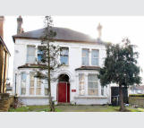 10 bedroom Detached house in 65 Brigstock Road, Surrey