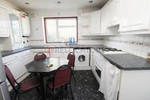 Flat to rent in Harold Road, London