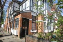 2 bedroom Flat to rent in Willesden, London...