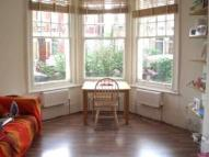 3 bed Flat to rent in North London, London...
