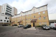 Flat to rent in Bow, London, E3 4AD