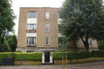 Flat to rent in Kilburn, London, NW6 4SY