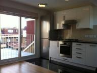 Flat to rent in Loveday Road, Ealing